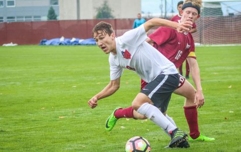 Wildcats score in exciting senior day, fall short