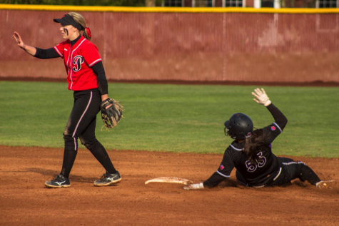 Softball drowns out Boxers late at night
