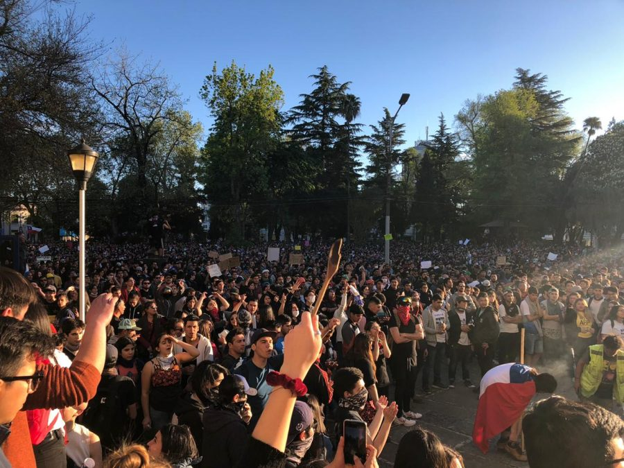 Linfield study abroad student amidst chaos of Chilean protests