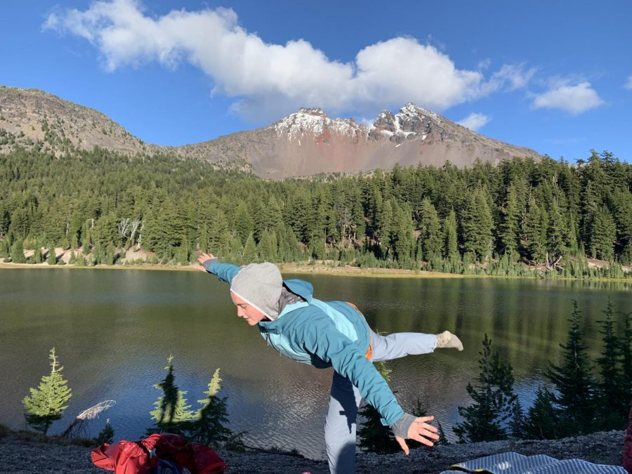 Marianna+Kemp%2C+freshman%2C+brings+zen+to+the+group+of+backpackers+as+they+embark+on+the+second+part+of+their+backpacking+in+Bend+trip.%0A
