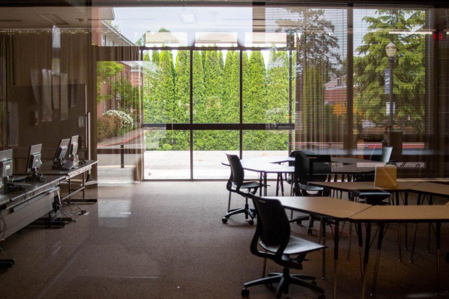 [PHOTOS] Finals approaching, but popular study spots remain empty