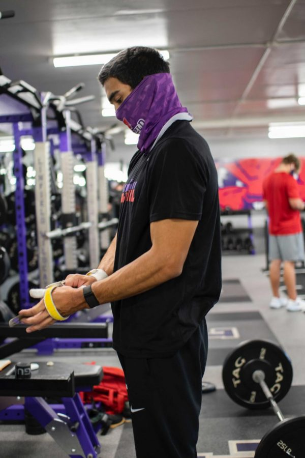 Junior Jacob Campos received his CrossFit Level-1 Training certificate in summer 2020.