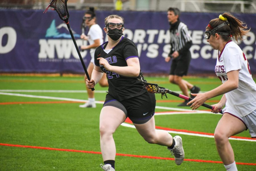 Senior attacker Jenna Hessel reached 69 career goals on Sunday.