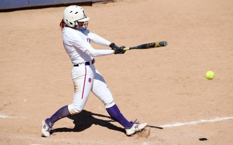 Freshman makes big impact for Linfield softball