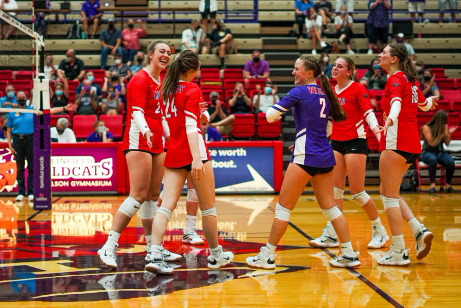 Linfield falls to Whitman at home.