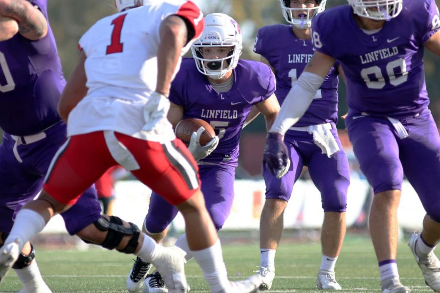 Linfield beats Pacific to extend their winning streak to 65 consecutive seasons